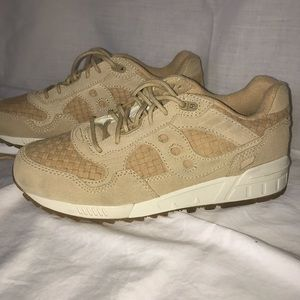Saucony Shoes - Saucony Shadow 5000 HT Weave Pack!